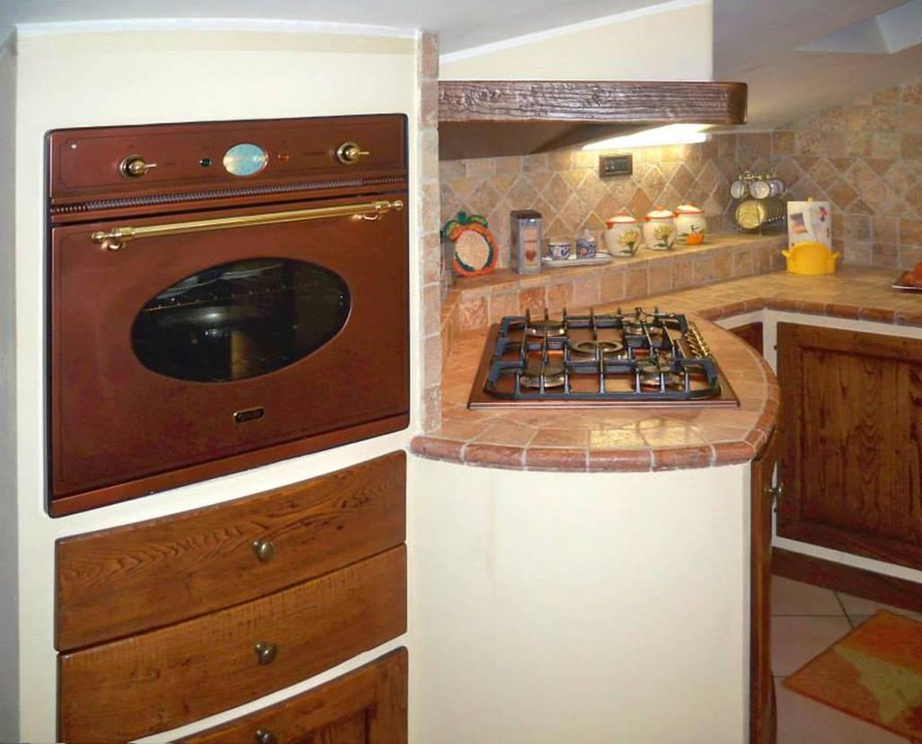 Cucina in muratura per piccoli spazi – Le cucine dell\'Artigiano